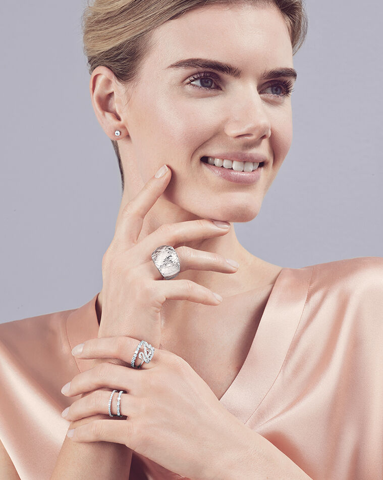 How to style: Ring Party